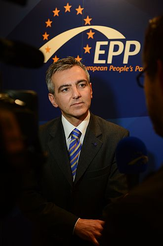 Simon Busuttil - Busuttil at a December 2013 EPP Summit