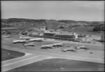 ETH-BIB-Flughafen-Zürich, Flughof, Flugzeuge-LBS H1-014552.tif