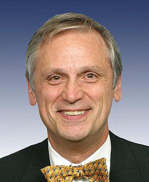 Earl Blumenauer - Official portrait of Blumenauer
