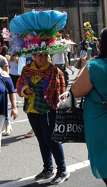 File:Easter Parade NYC 2017.jpg