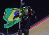 Edgard Pereira wins bronze 2014 X Games.png