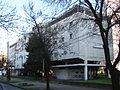 Edificio de vivienda colectiva en La Plata (Av. 11 entre 64 y 65) (1).JPG