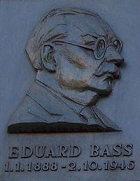 Eduard Bass, reliéf.jpg