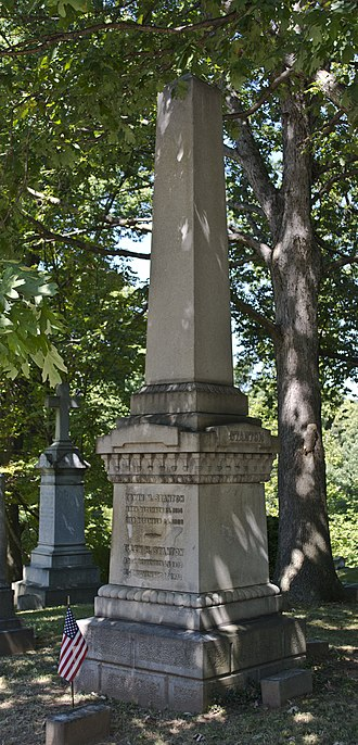 Oak Hill Cemetery (Washington, D.C.) - Image: Edwin M Stanton grave Reno Hill section Oak Hill Cemetery 2013 09 04