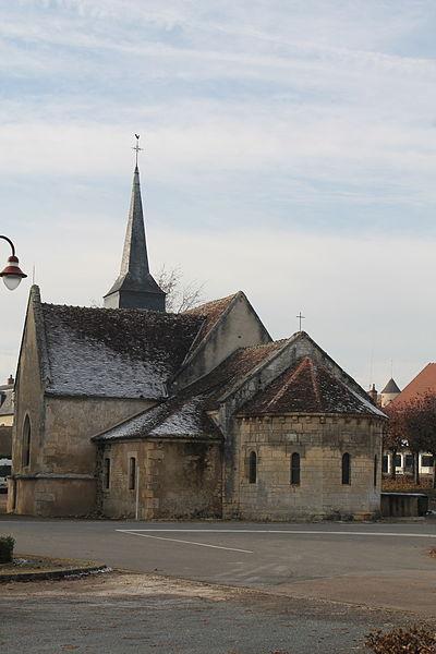 Église Saint-Martin de Garchy (XIIème siècle, classée)