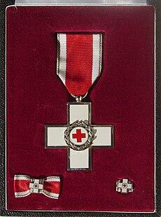 Ehrenzeichen des Deutschen Roten Kreuzes.jpg