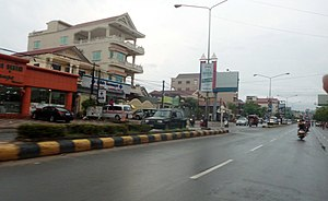 Sihanoukville (city) - Ekreach Road, Sihanoukville's main thoroughfare