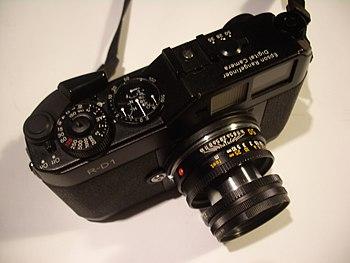 The Epson R-D1 with a Leica lens