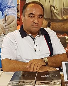 Ergün Poyraz at Kocaeli Book Exhibition, May 2016.jpg