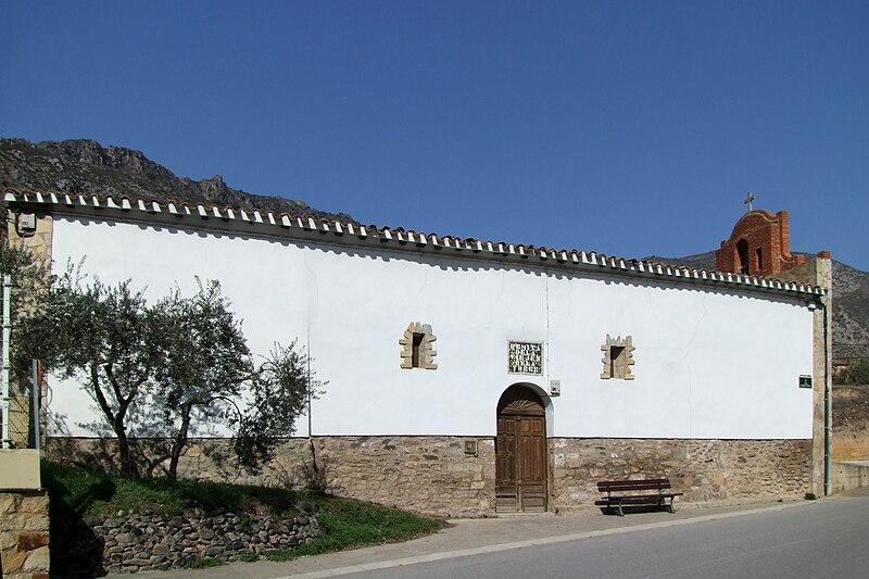 File:Ermita de la Virgen de la Torre-Arnedillo-18912.jpg