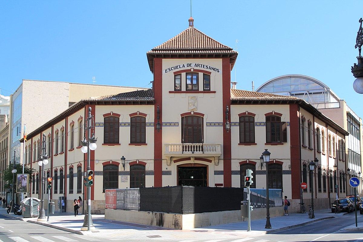 escuela de artesanos de valencia wikipedia la