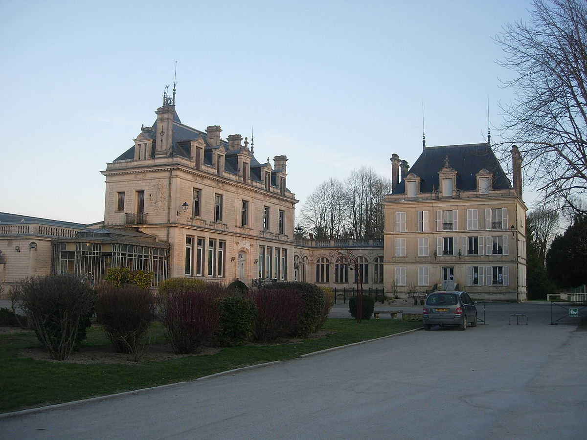 Essoyes mairie.JPG