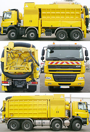 Suction excavator - Image: Excavatrice aspiratrice