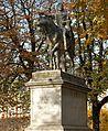 F0724 Paris IV place Vosges statue Louis XIII rwk.jpg