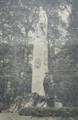 Feierlichkeiten am 125.Todestag Theodor Körners. Denkmal von Carl Moritz Schreiner in der Ulmenallee Wuppertal, 1938.PNG
