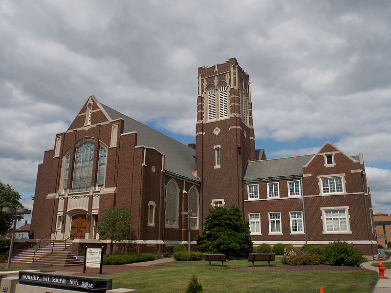 File:First Congregational UCC - Moline, Illinois.JPG