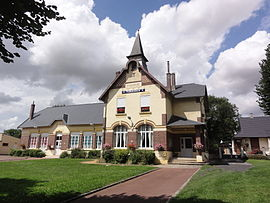 The town hall and school of Fluquières