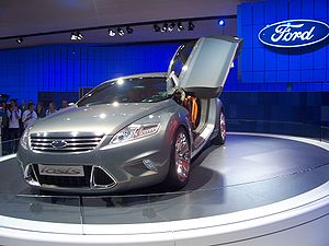 Ford Kinetic Design - Image: Ford Iosis
