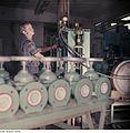 Fotothek df n-15 0000302 Facharbeiter für Sintererzeugnisse.jpg