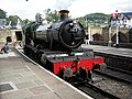 Foxcote Manor pulls into Llangollen station - geograph.org.uk - 1290018.jpg