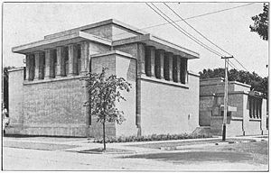 Frank Lloyd Wright Unity Church.jpg