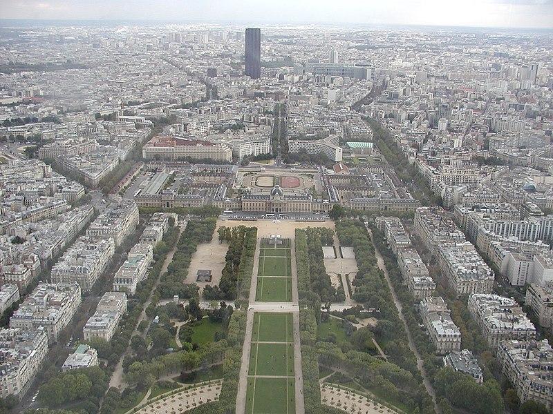 Fichier:GD-FR-Paris-Champ de Mars.jpg