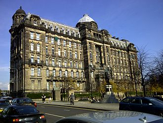 Glasgow Royal Infirmary - The south face of the Medical Block of the Glasgow Royal as seen from High Street