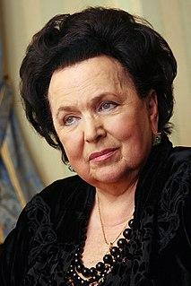 Galina Vishnevskaya Russian soprano opera singer and recitalist