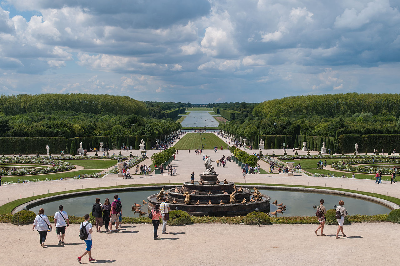File gardens at chateau de versailles france 8132658193 for Garden design versailles
