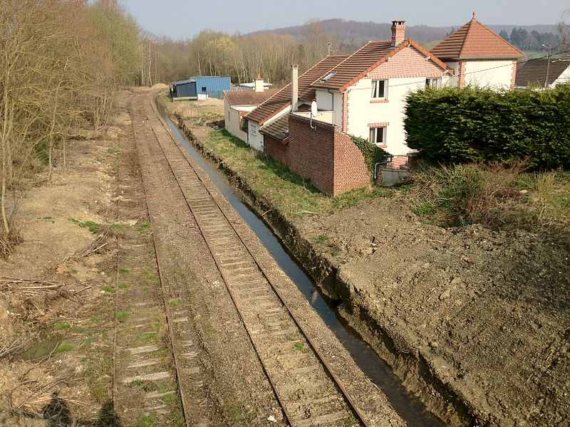 This is a view of the old train station of Barisis-Aux-Bois (2012-03-25)