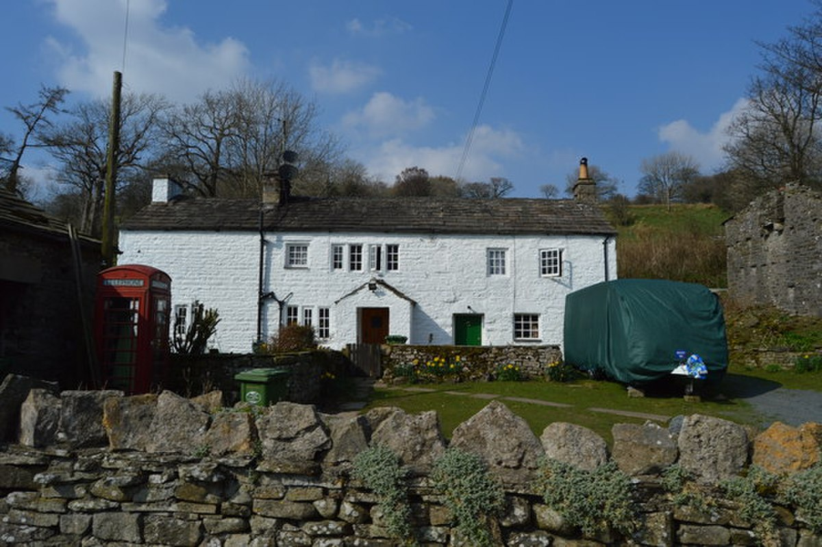 Gibbs Hall Farmhouse, Dentdale.jpg