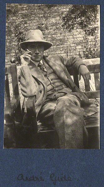 File:Gide 1920.jpg