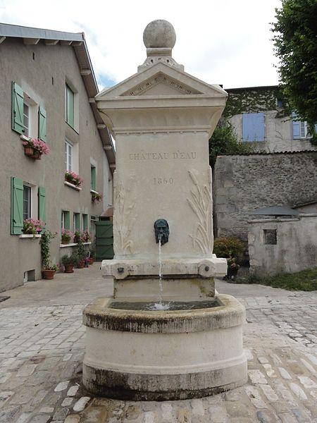 Gimécourt (Meuse) fontaine