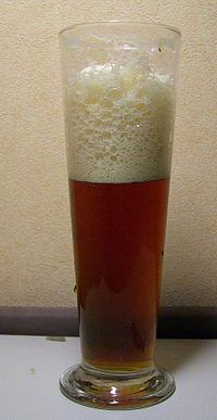 Glass of la trappe quadrupel.jpg