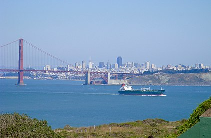 Golden Gate Bridge and San Francisco Bay.jpg