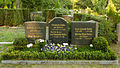 Grab Heinrich Dathe Berlin-Karlshorst 320-425.jpg