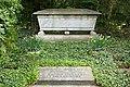 Grabmal Franz und Sophie Adickes DSC 0554.jpg