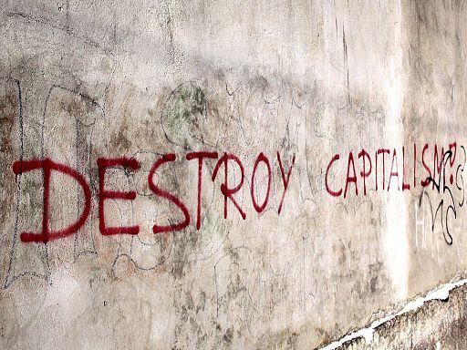 Graffito Destroy Capitalism Steyr