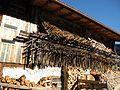 Gramais - Bauernhaus mit Heutrocknern.JPG