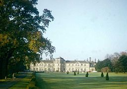 Grantley Hall, North Yorkshire.jpg