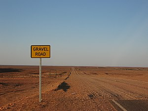 Gravel Road south of Coober Pedy