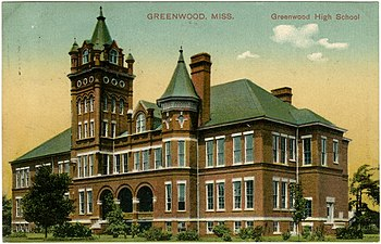 English: Greenwood High School in Greenwood, M...