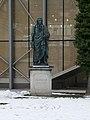 Grosse Universitätsaula und Schillerdenkmal, Salzburg (3).jpg