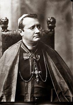 Guido Maria Conforti Vescovo.jpg