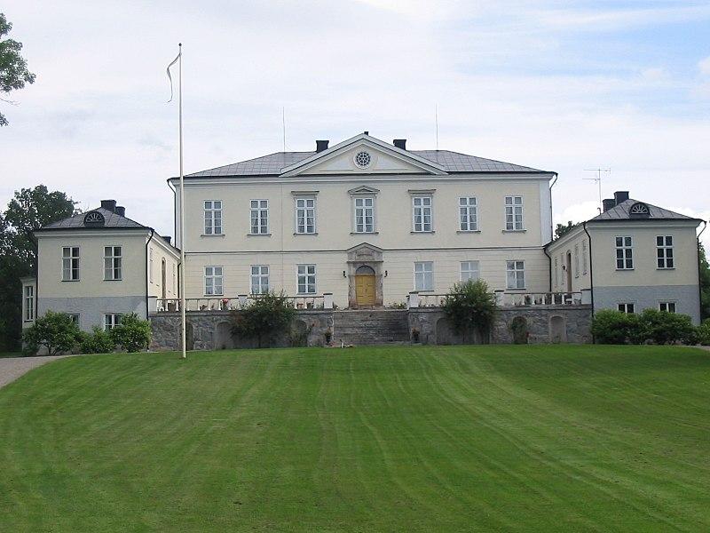 Hässelbyholm 2004
