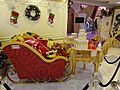 HK Kln Bay Telford Plaza mall Xmas cart Reindeer decor Nov-2015 DSC.JPG
