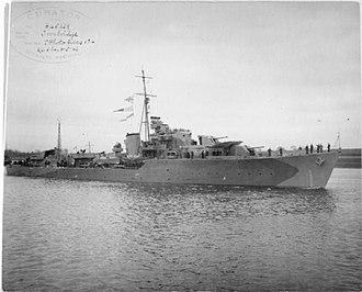 HMS Troubridge (R00) - Image: HMS Troubridge FL9581