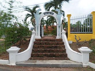 Hang Tuah Mausoleum - Image: Hang Tuah Mausoleum Entrance Gate