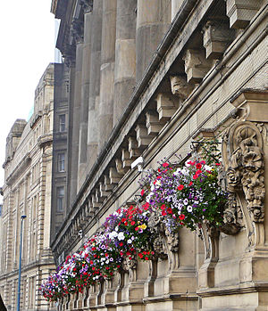 Henry Francis Lockwood - Image: Hanging baskets on St George's Hall, Bradford (3rd August 2010)