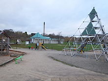 Highfields Park climbing pyramid and DH Lawrence pavillion 9187.JPG